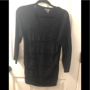 Vince Camuto tiered black sweater, L